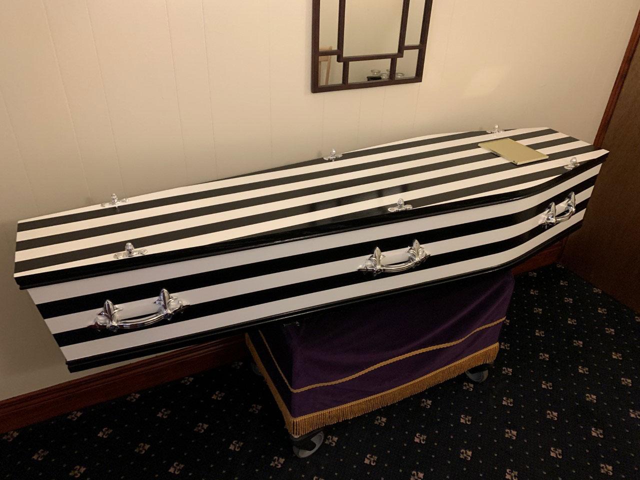 Newcastle United - Black and White Coffin